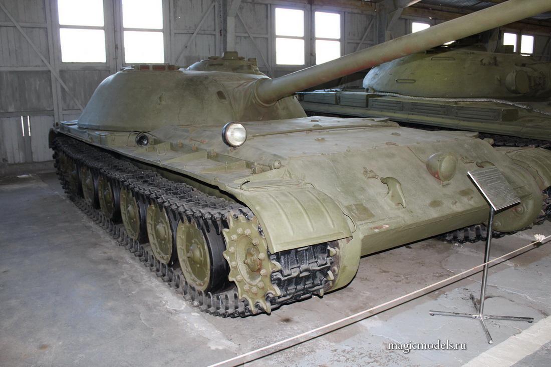 Su-100M_003