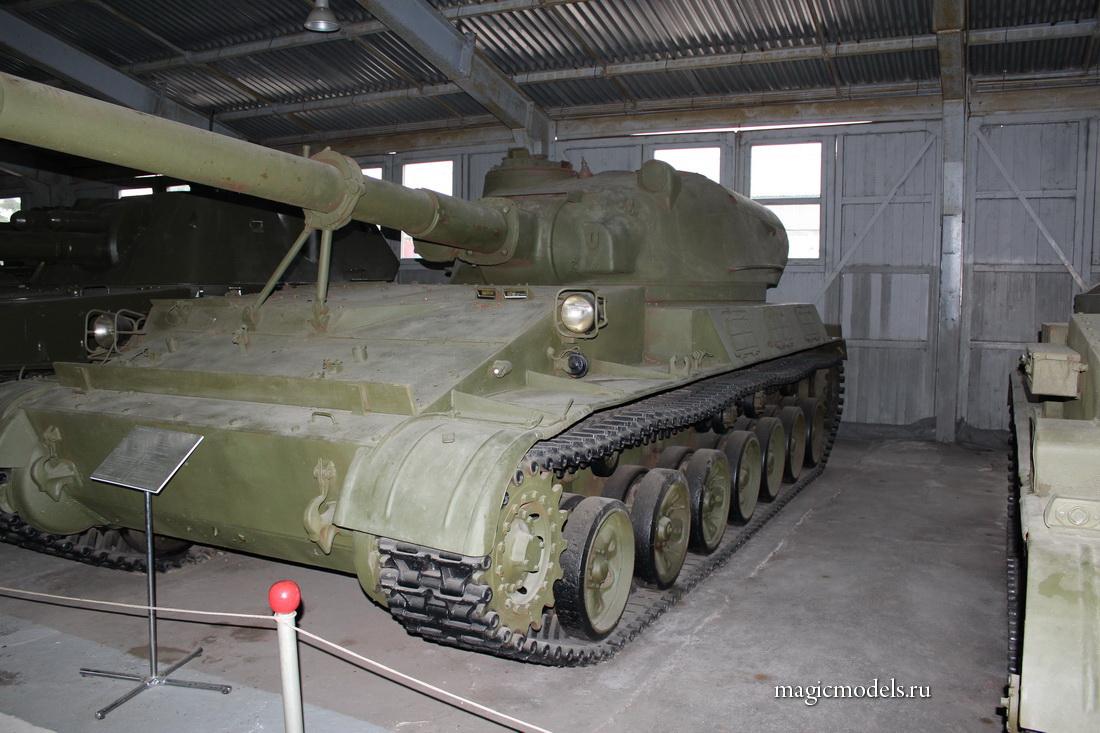 Su-152_Taran_01